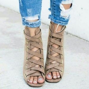 Shoes - SAMANTHA Meow Bootie - TAUPE